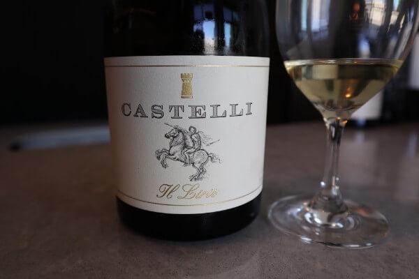 bottle of castelli wine il lris chardonnay