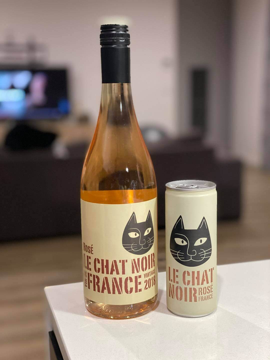 Le Chat Noir Rose in Bottle and in Can